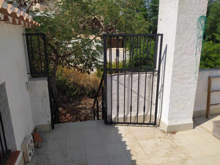Railings, Gate and Handrails to roof terrace